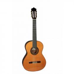 PEREZ 640 Cedar - Классическая гитара 4/4 Перез